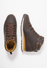 The North Face - BACK TO BERKELEY REDUX - Winter boots - chocolate brown/golden brown - 1