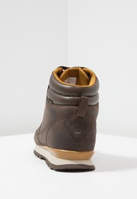 The North Face - BACK TO BERKELEY REDUX - Winter boots - chocolate brown/golden brown - 3