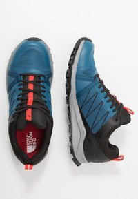 The North Face - LITEWAVE FASTPACK II GTX - Vaelluskengät - moroccan blue/black - 1