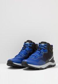 The North Face - Trekingové boty - blue/black - 2
