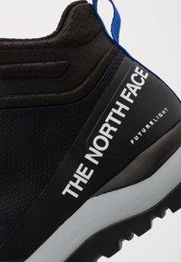 The North Face - Trekingové boty - blue/black - 5