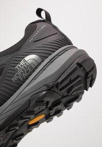 The North Face - Hikingsko - black/zinc grey - 5
