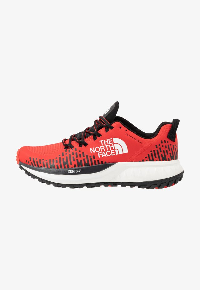 Zapatillas de trail running - fiery red/the north face black