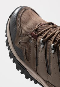 The North Face - Obuwie hikingowe - bipartisan brown/dark shadow grey - 5