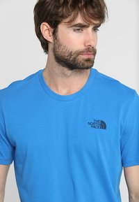 The North Face - MENS SIMPLE DOME TEE - Basic T-shirt - bomber blue - 3