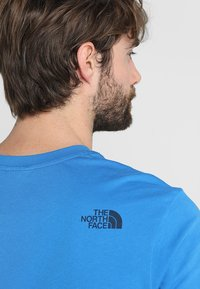 The North Face - MENS SIMPLE DOME TEE - Basic T-shirt - bomber blue - 5