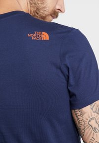 The North Face - MENS SIMPLE DOME TEE - T-shirt - bas - montague blue - 4
