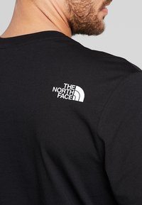 The North Face - MENS SIMPLE DOME TEE - Basic T-shirt - black - 3