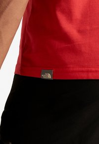 The North Face - MEN'S EASY TEE - T-Shirt print - red/black - 3