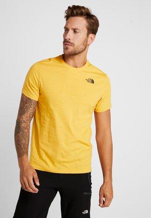 RED BOX TEE - T-Shirt print - yellow/black