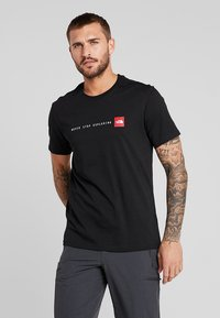 The North Face - MENS NEVER STOP EXPLORING TEE - T-shirt imprimé - black - 0