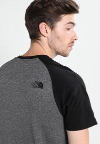 The North Face - RAGLAN EASY TEE  - T-shirt print - mottled grey/black - 3