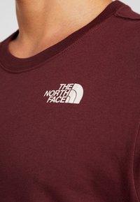 The North Face - CELEBRATION TEE - T-shirt print - deep garnet red - 4