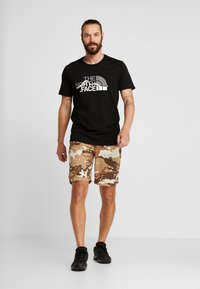 The North Face - MOUNTAIN LINE TEE - T-shirt imprimé - black - 1