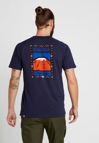 The North Face - TEE - T-shirt z nadrukiem - montague blue - 2