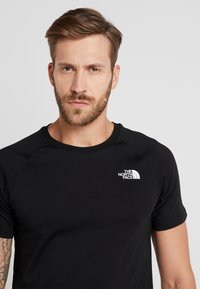 The North Face - TEE - T-shirt print - black - 3