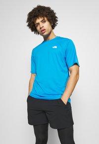 The North Face - MEN'S FLEX II - Print T-shirt - clear lake blue - 0