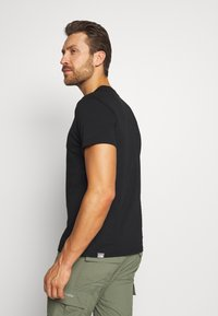 The North Face - MENS GRAPHIC TEE - Printtipaita - black/zinc grey