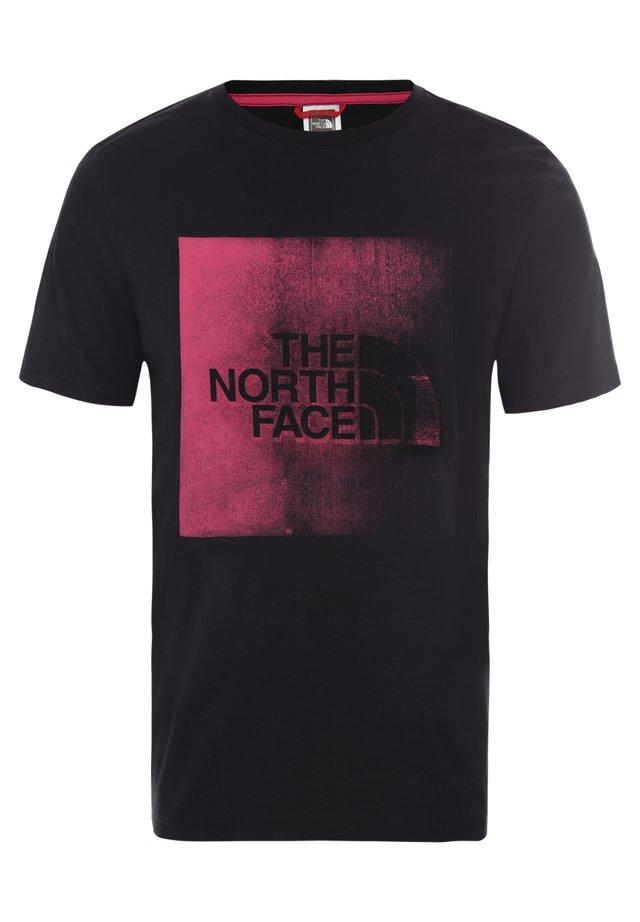 M SS XRX - T-shirt z nadrukiem - tnf black/mr. pink