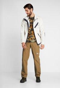 The North Face - EXPLORATION - Pantalons outdoor - british khaki - 1