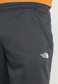 The North Face - MENS SURGENT CUFFED PANT - Trainingsbroek - dark grey heather - 5