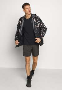 The North Face - 24/7 SHORT - Sports shorts - asphalt grey - 1