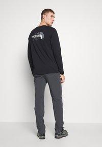 The North Face - MEN'S SPEEDLIGHT PANT - Outdoor trousers - asphalt grey/white - 0