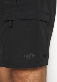 The North Face - MENS CLASS BELTED TRUNK - Friluftsshorts - black - 5