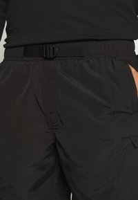 The North Face - MENS CLASS BELTED TRUNK - Friluftsshorts - black - 3