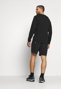 The North Face - MENS CLASS BELTED TRUNK - Friluftsshorts - black - 2