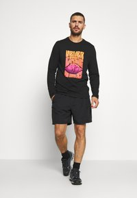 The North Face - MENS CLASS BELTED TRUNK - Friluftsshorts - black - 1
