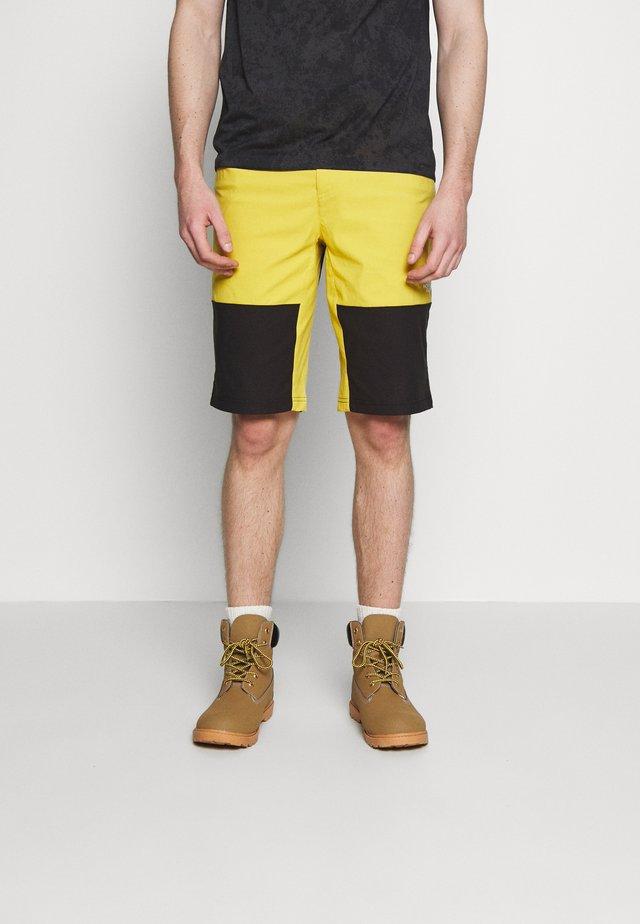 MEN'S CLIMB SHORT - Pantalón corto de deporte - bamboo yellow/black