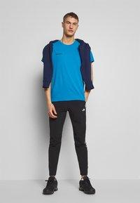 The North Face - MENS VARUNA PANT - Spodnie materiałowe - black - 1