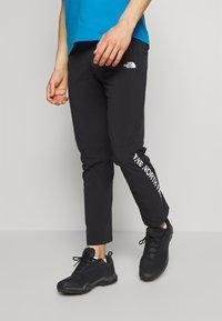 The North Face - MENS VARUNA PANT - Spodnie materiałowe - black - 0