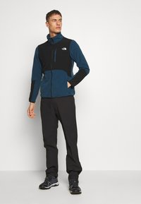 The North Face - MENS SPRAG 5 POCKET PANT - Trousers - black - 1