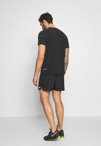 The North Face - MENS AMBITION SHORT - Sports shorts - black - 2