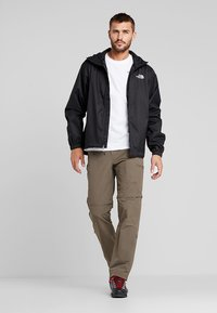 The North Face - MENS QUEST JACKET - Hardshell jacket - black - 1