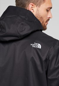The North Face - MENS QUEST JACKET - Outdoorjacke - black - 5
