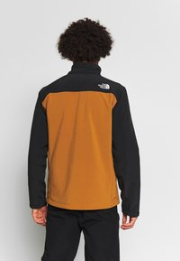 The North Face - MENS APEX BIONIC JACKET - Soft shell jacket - caramel cafe - 2