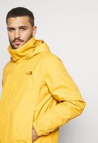 The North Face - RESOLVE JACKET - Outdoorjas - bamboo yellow - 3