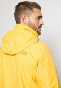 The North Face - RESOLVE JACKET - Outdoorjas - bamboo yellow - 5