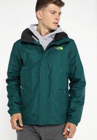 The North Face - RESOLVE JACKET - Outdoorová bunda - dark green - 0
