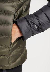 The North Face - TREVAIL HOODIE - Gewatteerde jas - new taupe green/black - 4