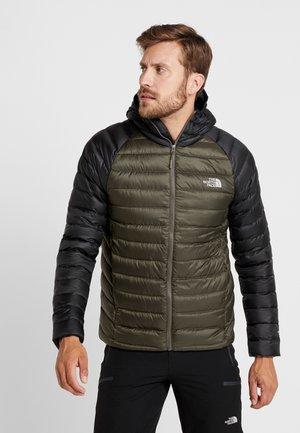 TREVAIL HOODIE - Gewatteerde jas - new taupe green/black
