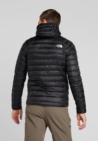 The North Face - TREVAIL HOODIE - Piumino - black - 2