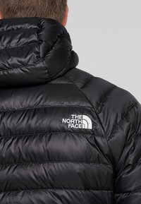 The North Face - TREVAIL HOODIE - Piumino - black - 5