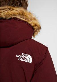 The North Face - GOTHAM URBAN  - Gewatteerde jas - deep garnet red - 9