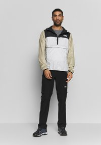 The North Face - FANORAK - Veste coupe-vent - tingrey/black/twill beige - 1