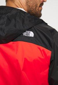 The North Face - MENS VENTURE 2 JACKET - Kurtka hardshell - fiery red/black