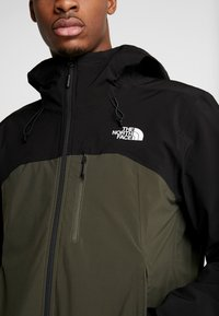 The North Face - Outdoorjas - new taupe green/black - 6